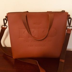 05b0fa14a810 NWOT FEED Eleanor Leather Crossbody Bag ...